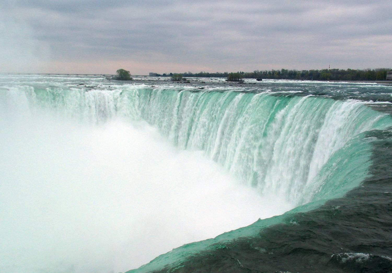 изображение водопада: